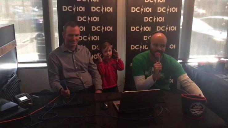 DC101 at Dog Money. Teague is listening in to Roche On Air